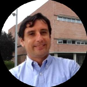Dr. Raúl Bustos González
